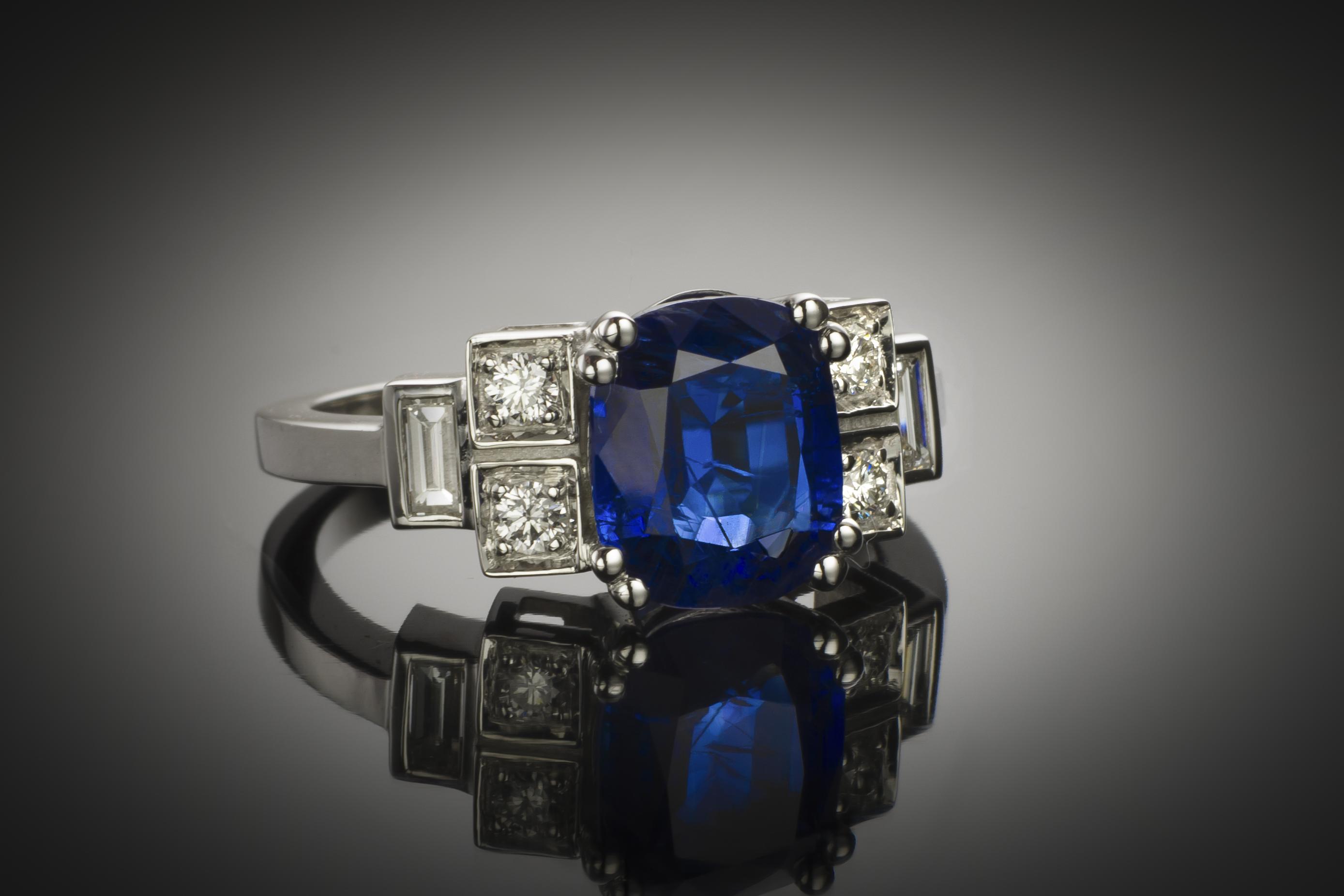 Bague saphir birman naturel coussin (Certificat Gem Paris) diamants-1