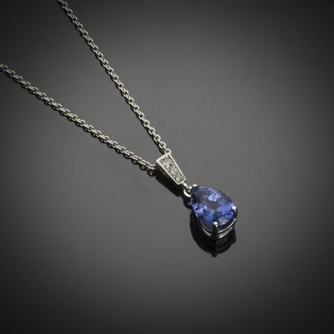 Pendentif saphir naturel (3,13 carats – Certificat Gem Paris) diamants