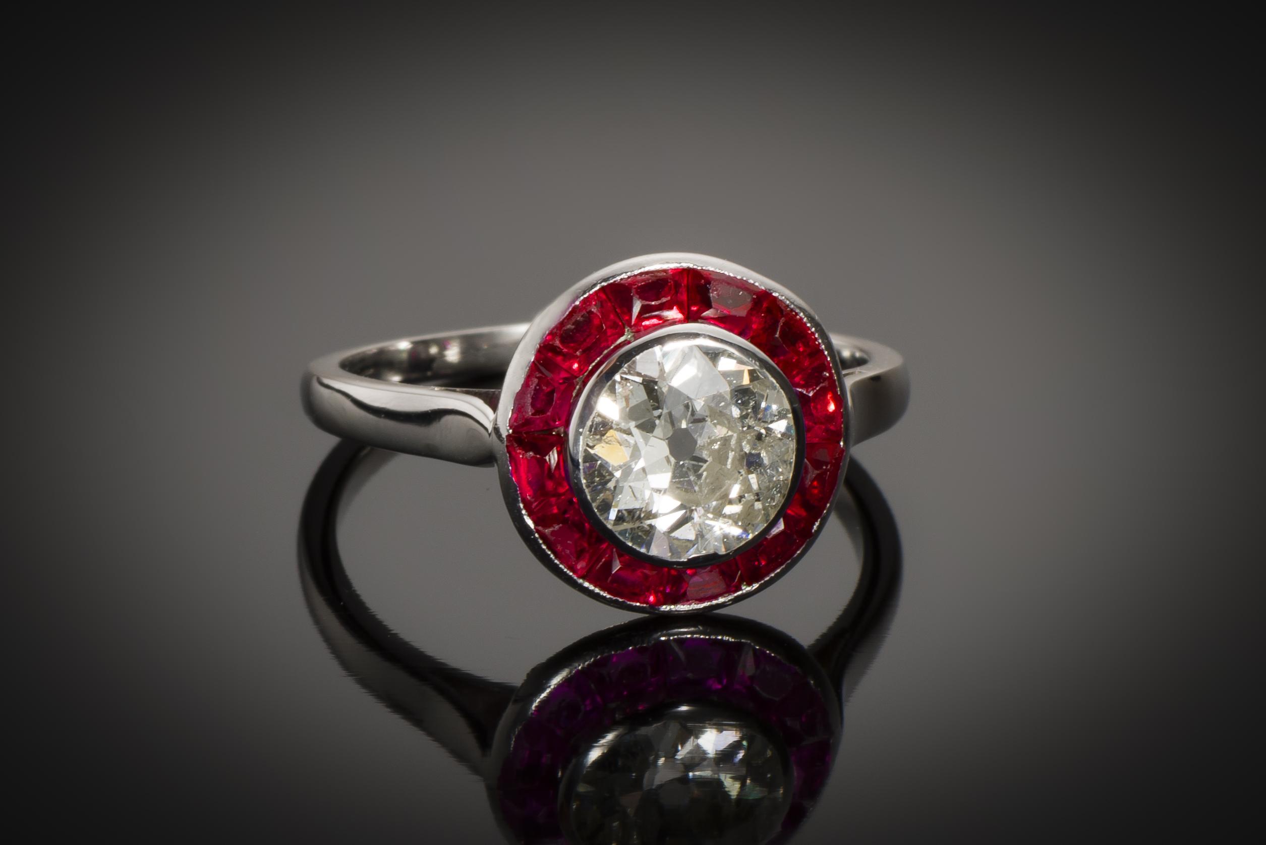 Bague Art Déco diamant (1,60 carat) rubis calibrés-1