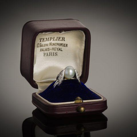 Bague Raymond Templier Art Déco perle fine (certificat LFG) diamants
