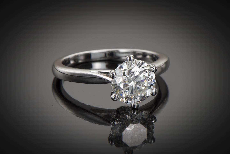 Bague solitaire diamant brillant 2 carats (certificat HRD)-1