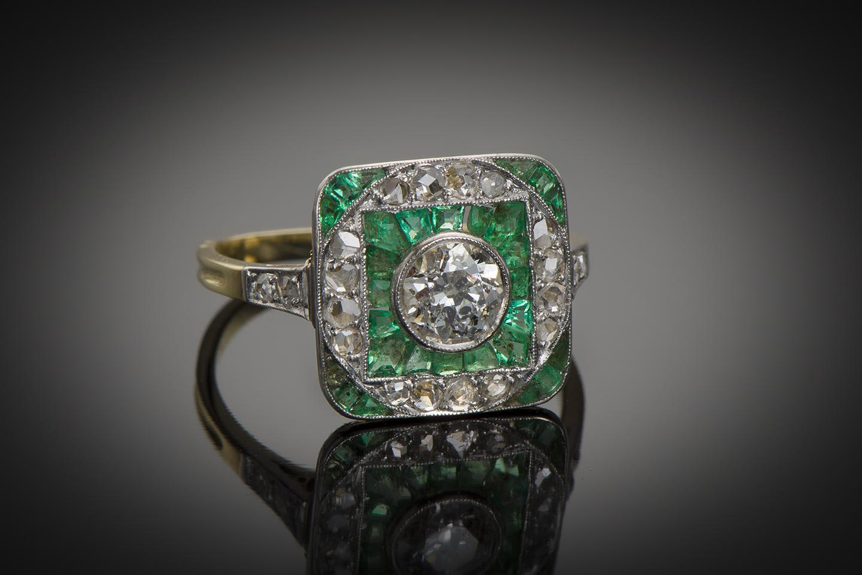 Bague Art Déco diamants émeraudes calibrées-1