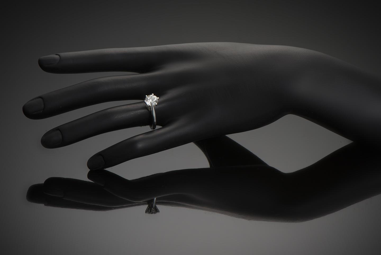 Bague solitaire diamant brillant 2 carats (certificat HRD)-2