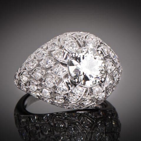 Bague Art Déco (vers 1930) diamants 3,50 carats dont central 2,10 carats (certificat LFG)