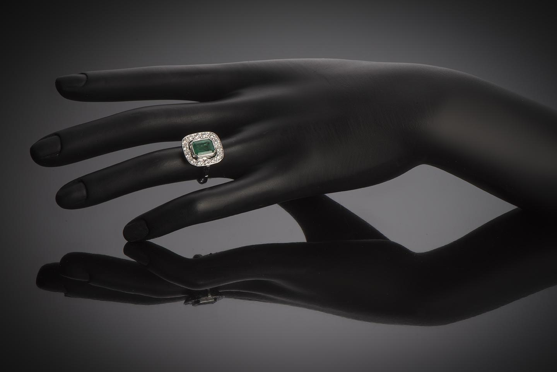 Bague Art Déco émeraude vert intense (certificat CGL) diamants-3