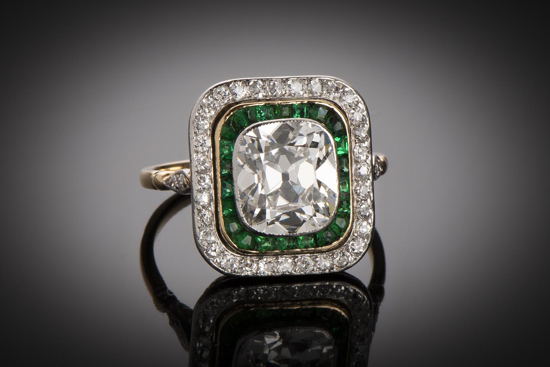 Bague diamants (centre de 2,80 carats) et émeraudes vers 1910 – 1920 (poinçon : tête de cheval)-1