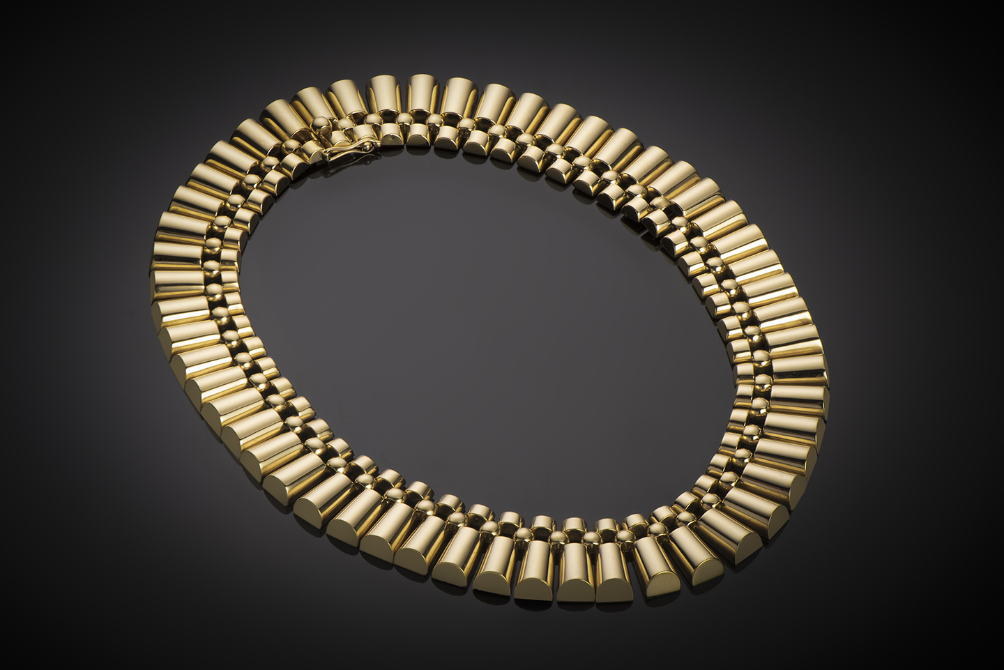 Collier vers 1940 or (145 grs)-1