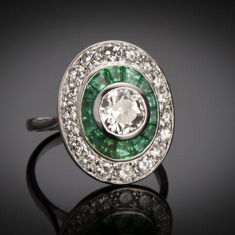 Bague diamants émeraudes calibrées Art Déco (vers 1930)