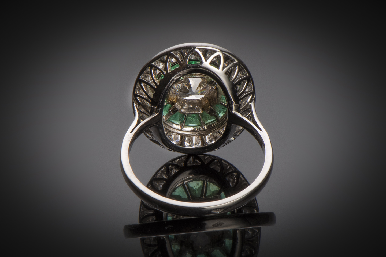 Bague diamants émeraudes calibrées Art Déco (vers 1930)-2