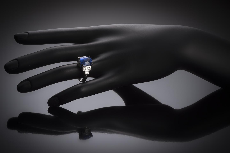 Bague saphir coussin naturel bleu intense (8,49 carats – Certificat CGL) diamants-2