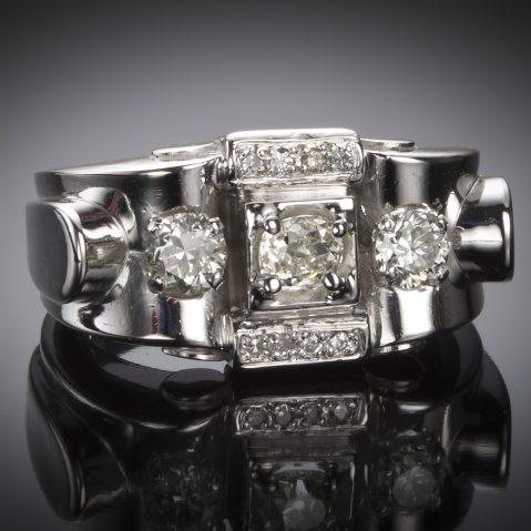 Bague vers 1935 diamants platine