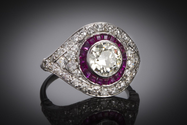 Bague Art Déco diamants (2,30 carats dont centre 1,10 carat) rubis-1