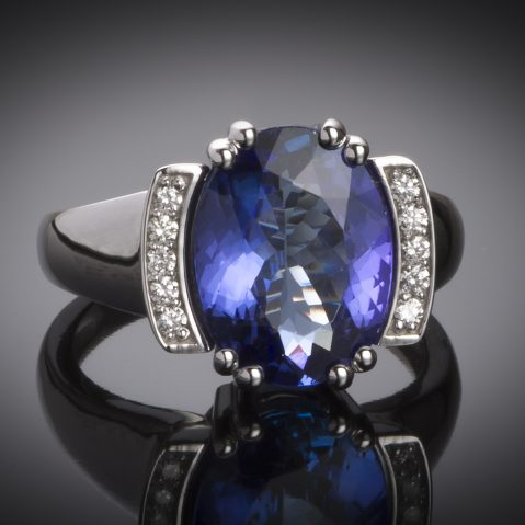 Bague tanzanite (3,80 carats) diamants