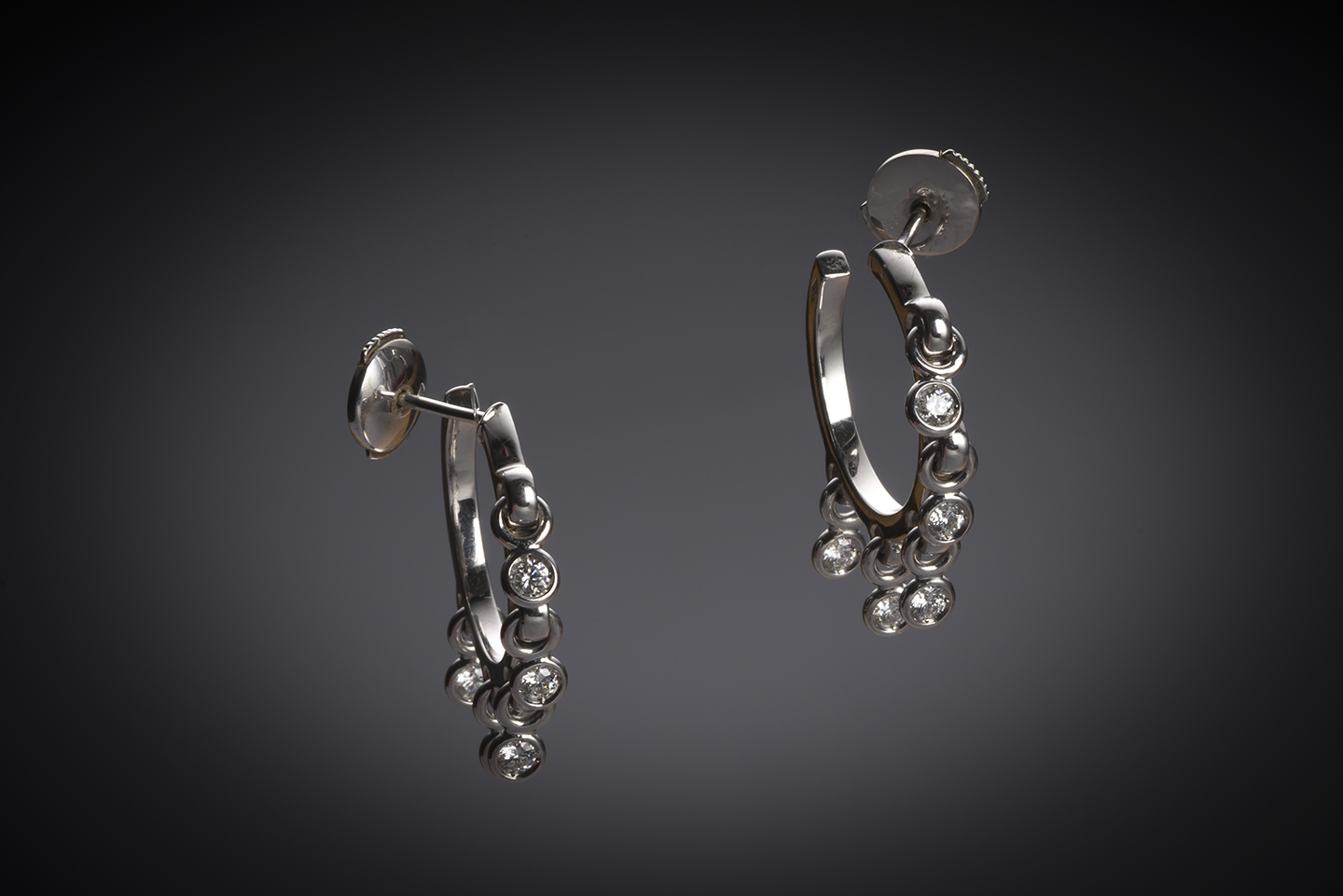 Boucles d'oreilles Dior diamants-1