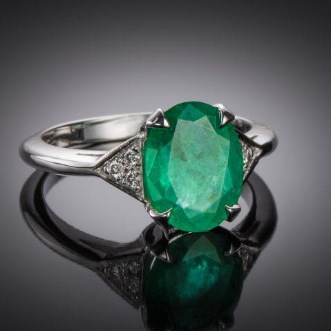 Bague émeraude vert intense (2,07 carats – Certificat CGL) diamants