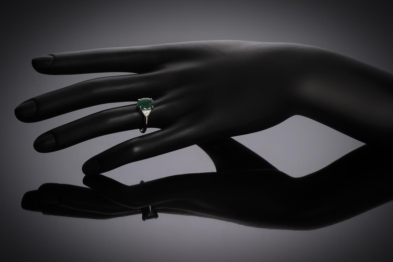 Bague émeraude vert intense (2,07 carats – Certificat CGL) diamants-2