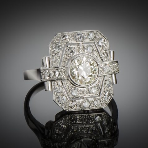 Bague Art Déco diamants (1,50 carat, centre 0,90 carat)