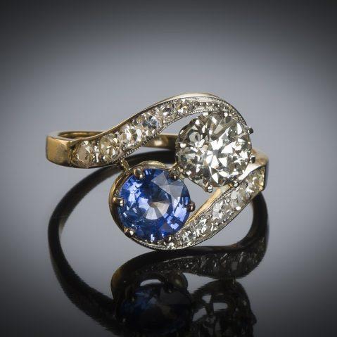 Bague « vous & moi » diamant (principal 1,40 carat) saphir (1,30 carat) vers 1900