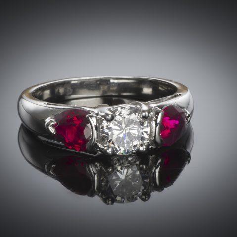 Bague diamant brillant (certificat GIA – Blanc exceptionnel) et rubis
