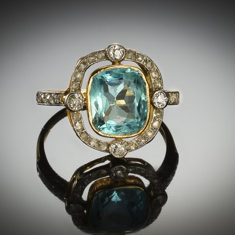Bague aigue-marine diamants vers 1920