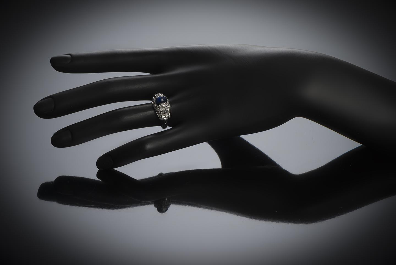 Bague saphir cabochon diamants Art Déco-2