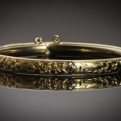 Bracelet rigide début XXe siècle