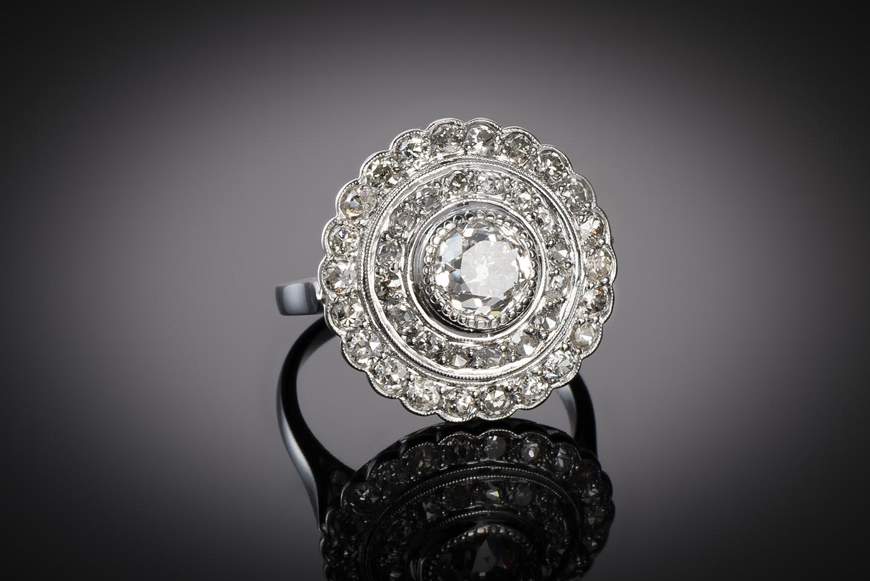 Bague Art Déco diamants (3 carats, centre 1,40 carat)-1