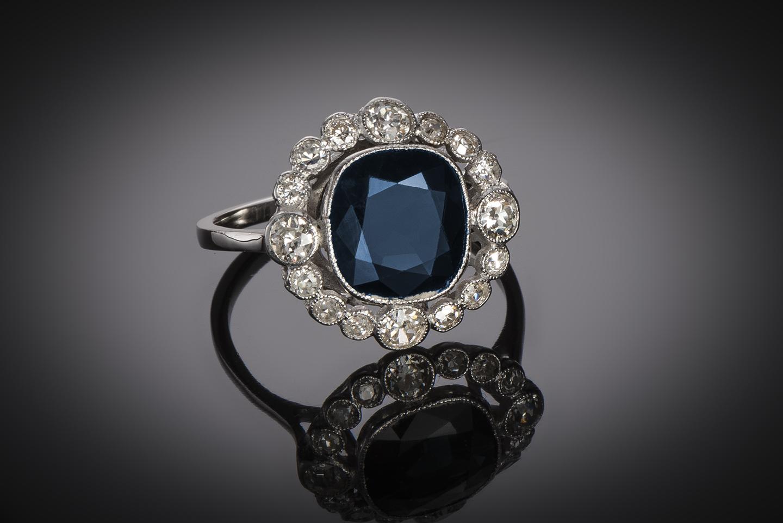 Bague Art Déco saphir (3 carats) diamants (1 carat)-1