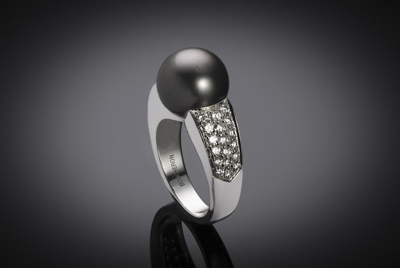 Bague Boucheron perle de Tahiti diamants-1