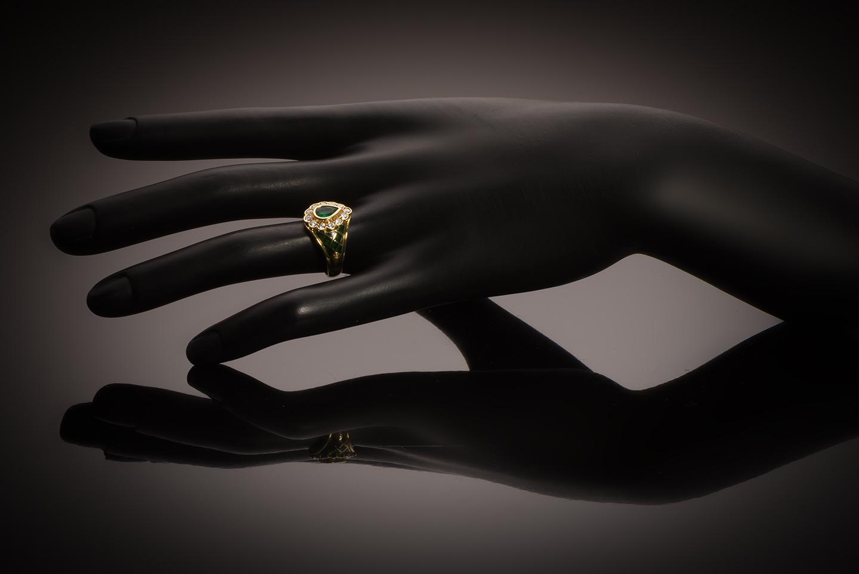 Bague vintage émaillée émeraude diamants-2