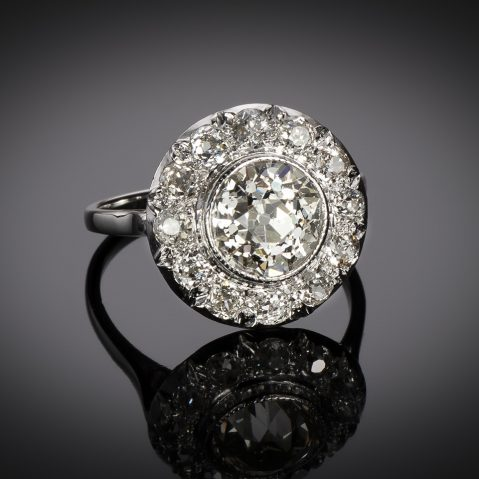 Bague Art Déco diamants (3,70 carats dont centre 2,31 carats)