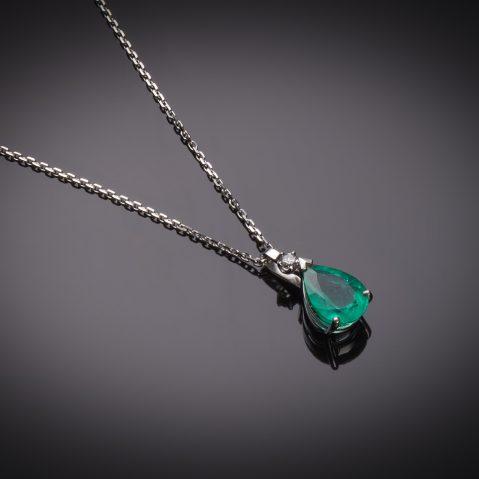 Pendentif émeraude vert intense (3,88 carats – certificat CGL) diamant