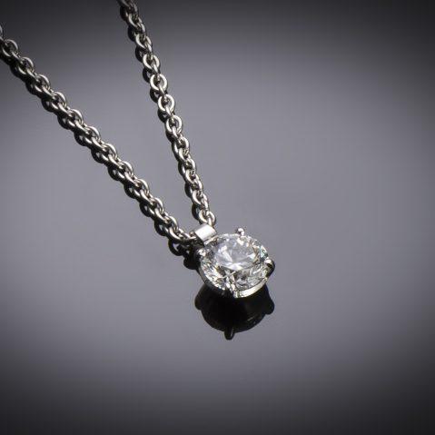 Pendentif et sa chaine diamant brillant (0,80 carat – certificat GIA – Blanc exceptionnel +)