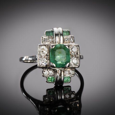 Bague émeraudes diamants vers 1930