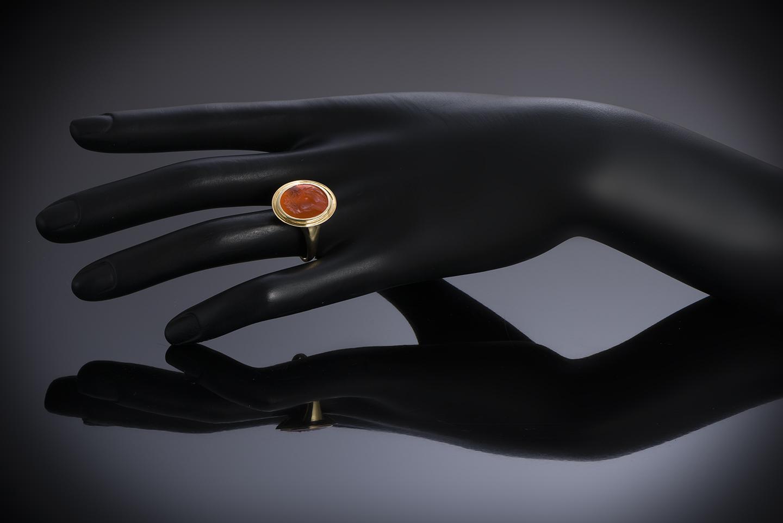 Bague intaille sur cornaline figurant un profil masculin à l'antique-2