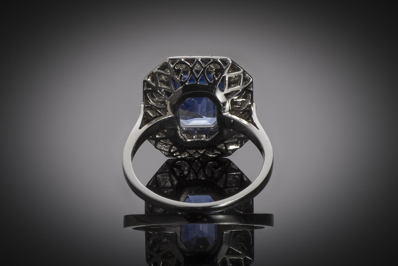 Bague Art Déco saphir naturel bleu intense (5,40 carats, certificat CGL) diamants-3