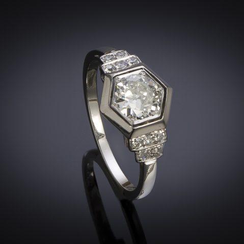 Bague Art Déco diamants (1,10 carat centre 0,90 carat)