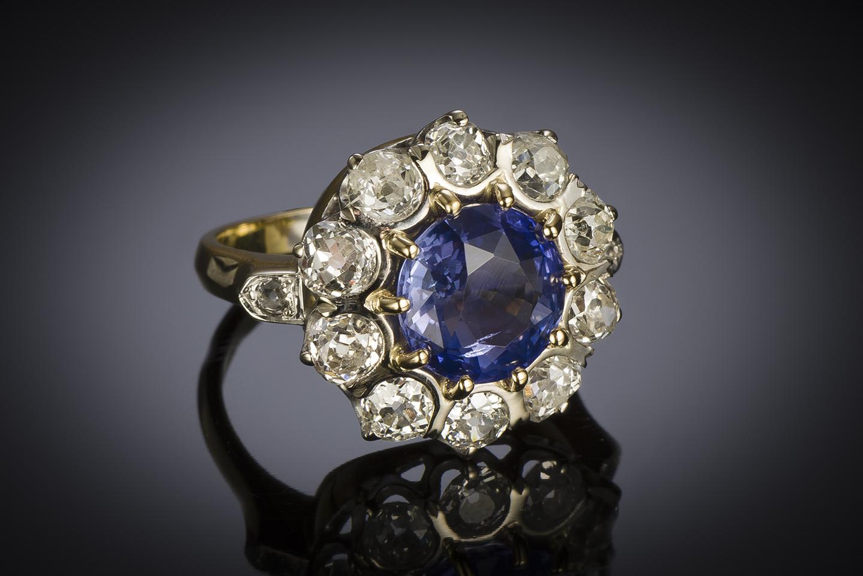 Bague saphir naturel bleu intense (3,47 carats, certificat laboratoire) diamants, début XXe siècle-2