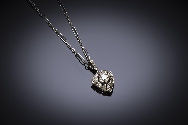 Pendentif et sa chaîne Art Déco diamants-1