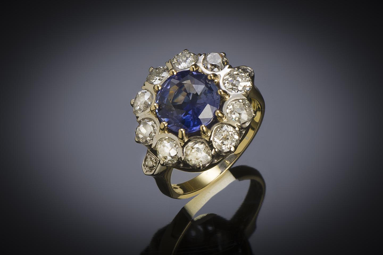 Bague saphir naturel bleu intense (3,47 carats, certificat laboratoire) diamants, début XXe siècle-1