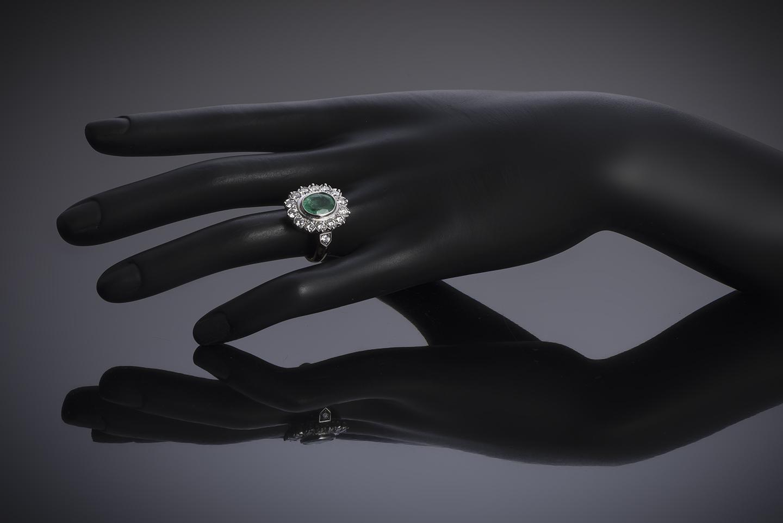 Bague émeraude vert intense (2,47 carats – Certificat CGL) diamants (1,50 carat)-2