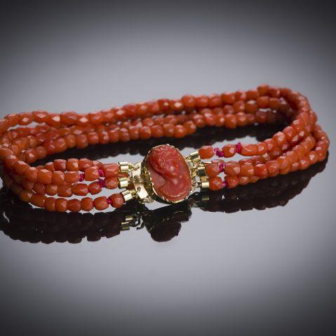 Bracelet corail vers 1819 – 1838 (poinçon bélier)