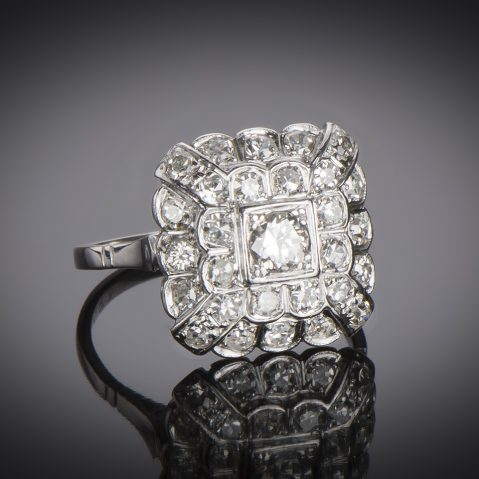 Bague vers 1930 diamants (1,10 carat)