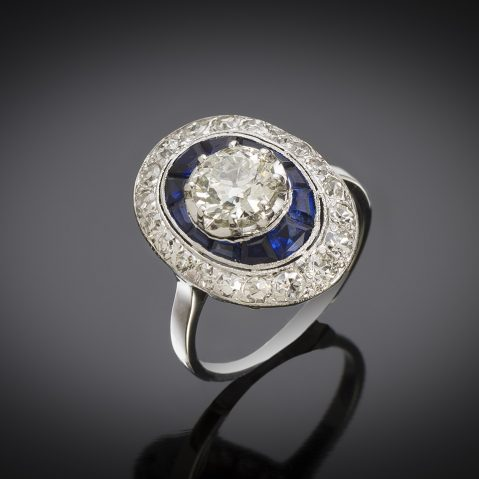 Bague Art Déco diamants (2 carats, centre 1,10 carat)