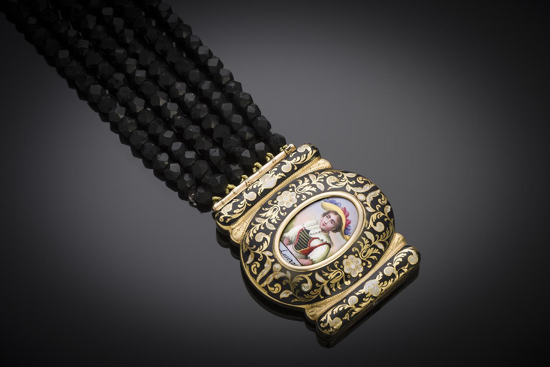 Bracelet XIXe siècle miniature entourée d'émail et jais taillé à facettes-3