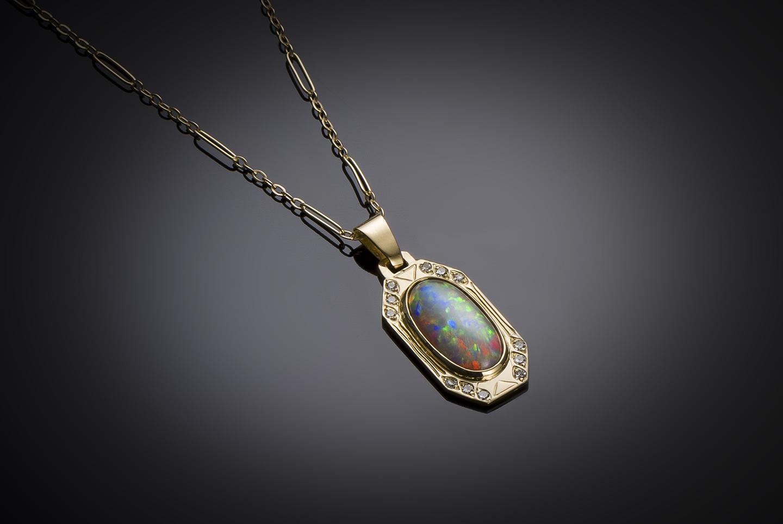 Pendentif et sa chaîne opale et diamants vers 1910 – 1920-1