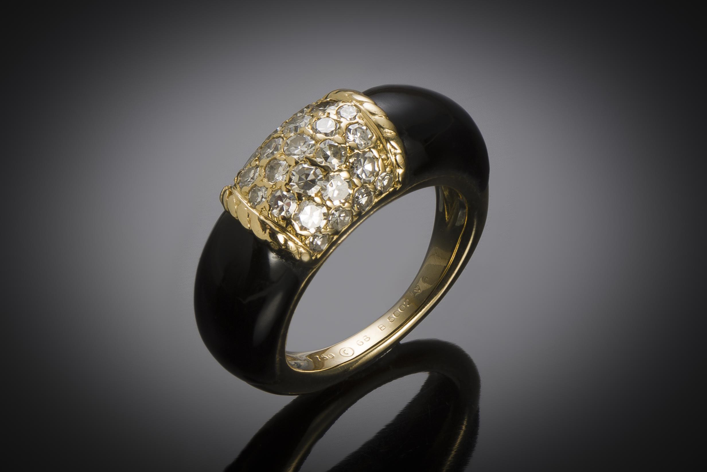 Bague Van Cleef & Arpels « Philippine » diamants onyx (T. 52) vers 1970-1