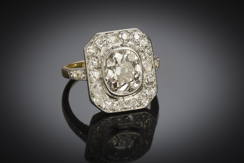 Bague diamants (3,30 carats, centre de 2,30 carats) vers 1920-2