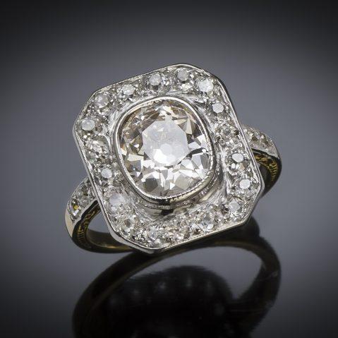 Bague diamants (3,30 carats, centre de 2,30 carats) vers 1920