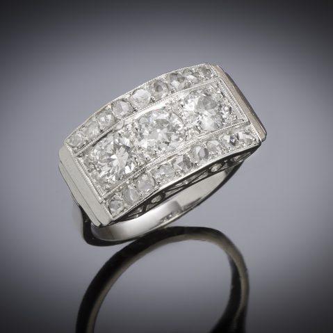 Bague vers 1935 diamants (1,50 carat)